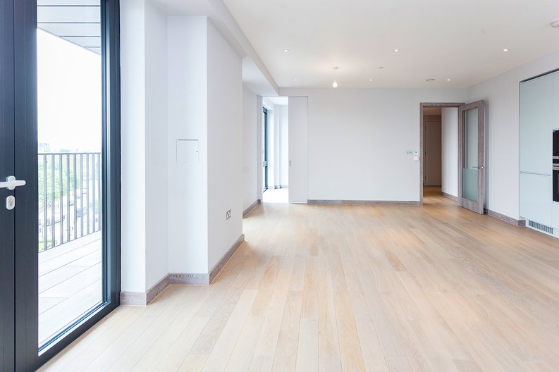 3 bedroom(s) apartment to sale in Tritton House, 3 Ryeland Boulevard, Ram Quarter , Wandsworth-image 6