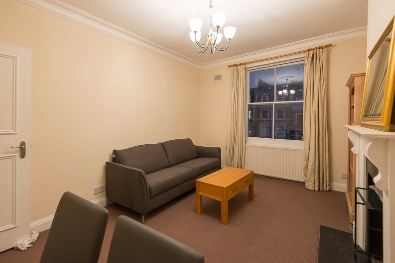 2 bedroom(s) apartment to sale in Sutherland Avenue, Maida Vale-image 2