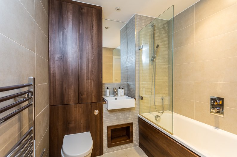 2 bedroom(s) apartment to sale in Riverside Apartments, Goodchild Road, Woodberry Down, Manor House-image 11