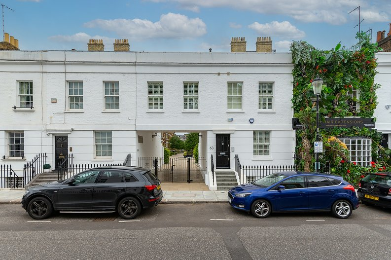 3 bedroom(s) apartment to sale in Walton Street, Kensington/Chelsea, London-image 23