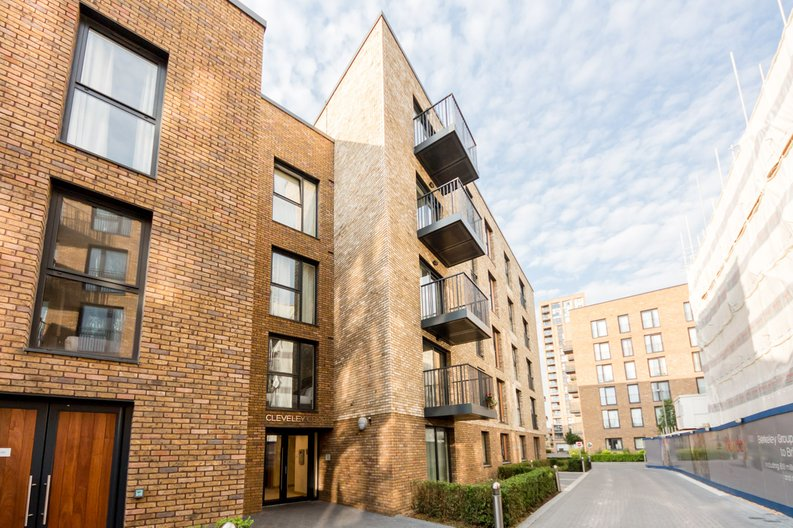 2 bedroom(s) apartment to sale in Cleveley Court, Ashton Reach, Marine Wharf , London-image 1