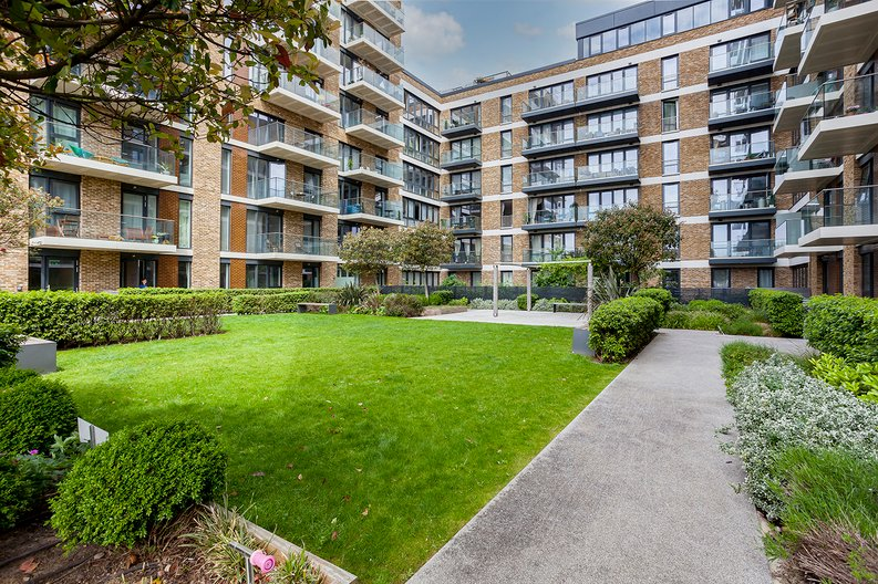 1 bedroom(s) apartment to sale in Drummond House, Victory Parade, Woolwich, London-image 17