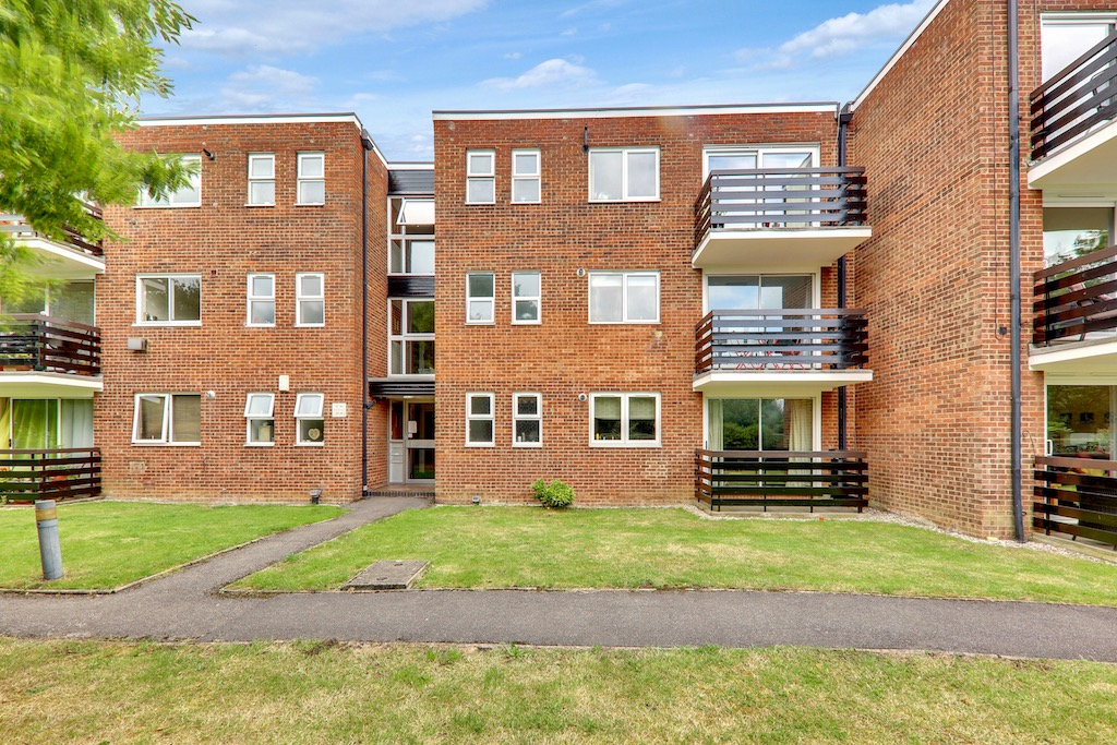 Parkmore Close, Woodford Green, Essex