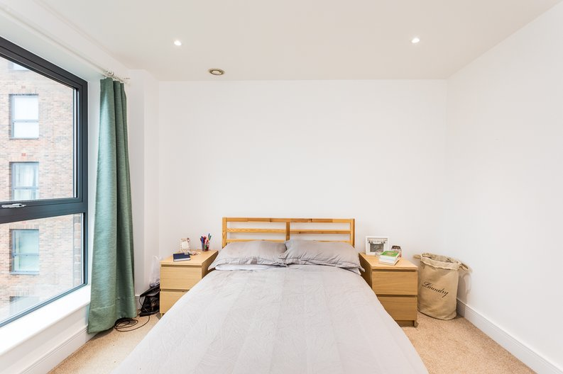 1 bedroom(s) apartment to sale in Cityview Point, Leven Road, Poplar-image 14