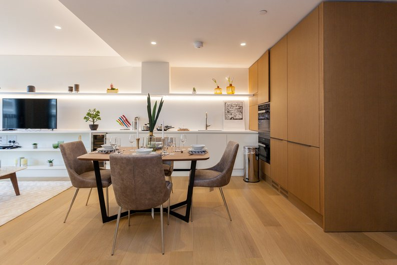 1 bedroom(s) apartment to sale in Rathbone Place, Fitzrovia-image 3