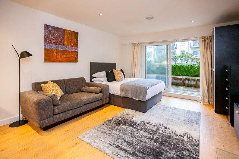 1 bedroom(s) apartment to sale in Croft House, 21 Heritage Avenue, Colindale-image 3