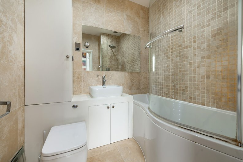 3 bedroom(s) apartment to sale in Hampstead Lane, Highgate-image 16
