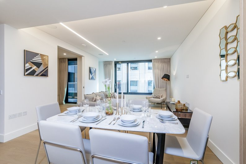 3 bedroom(s) apartment to sale in Rathbone Place, Fitzrovia-image 11