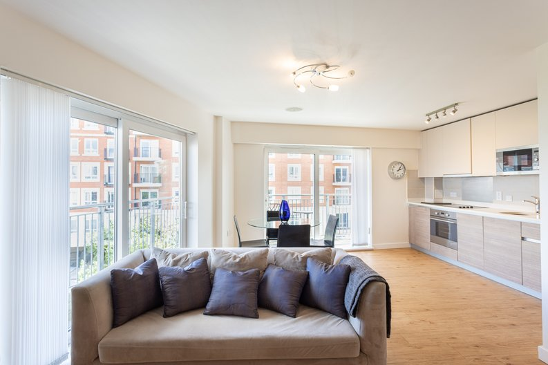 1 bedroom(s) apartment to sale in Boulevard Drive, Colindale, London-image 1