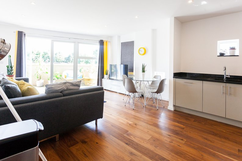 2 bedroom(s) apartment to sale in Pegasus Court, 7 Heath Parade, Grahame Park Way, Colindale-image 1