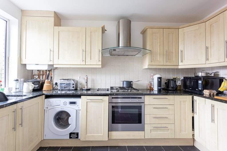 2 bedroom(s) apartment to sale in Imperial Court, Shepherds Hill, Highgate, London-image 13