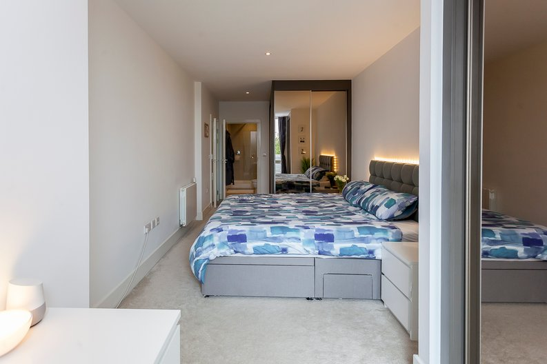 2 bedroom(s) apartment to sale in Cadet House, Victory Parade, Plumstead Road, Woolwich, London-image 11