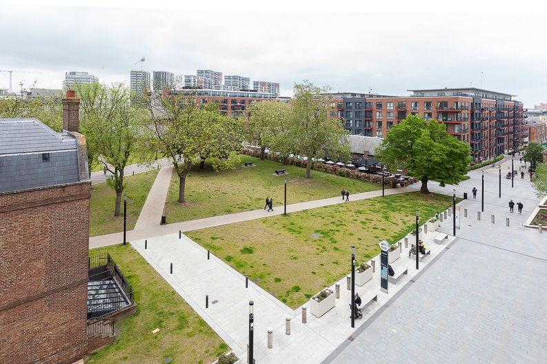2 bedroom(s) apartment to sale in Cadet House, Victory Parade, Plumstead Road, Woolwich, London-image 2