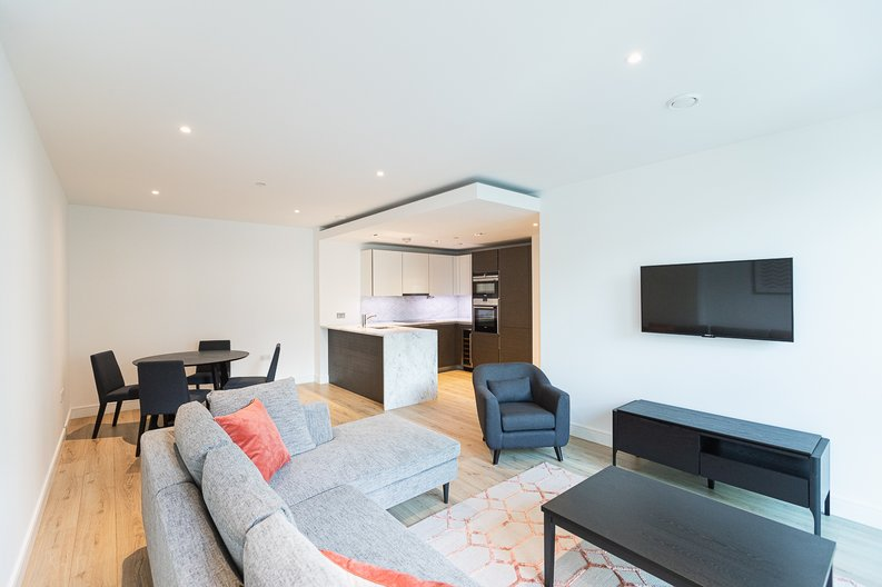 2 bedroom(s) apartment to sale in Marquis House, Sovereign Court, Hammersmith-image 16