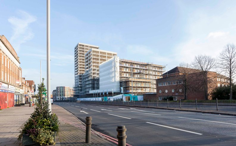2 bedroom(s) apartment to sale in Western Avenue, Western Circus, Acton-image 5