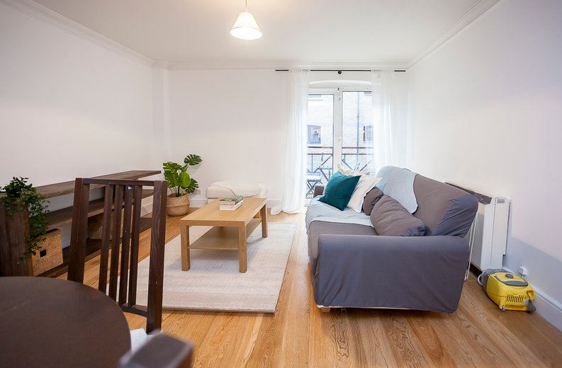 2 bedroom(s) apartment to sale in Scotts Sufferance Wharf, 5 Mill Street, Bermondsey-image 3