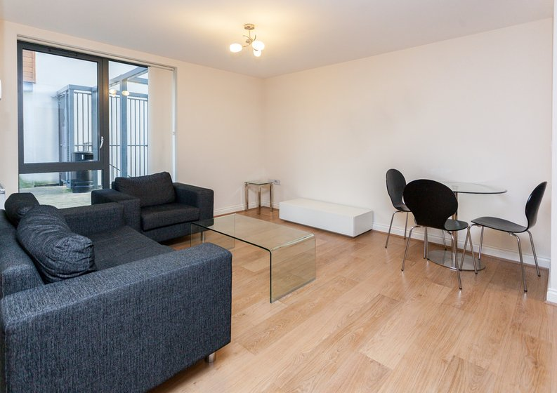 1 bedroom(s) apartment to sale in Conrad Court, 2 Needleman Close, Colindale Gardens, Colindale-image 7