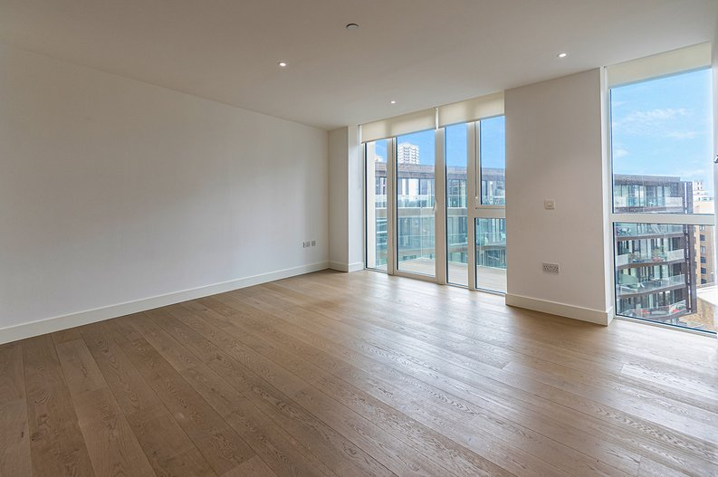 2 bedroom(s) apartment to sale in Vaughan Way, St Katherine's & Wapping, London-image 1