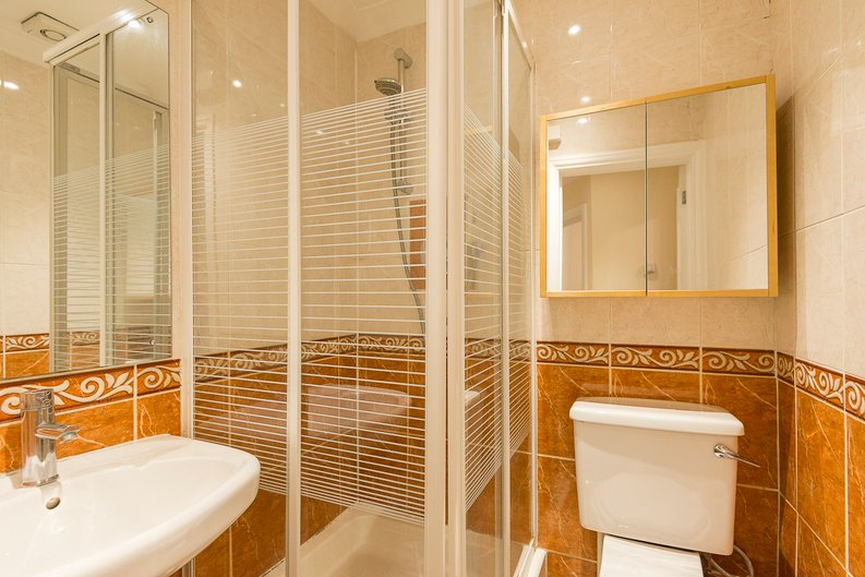 2 bedroom(s) apartment to sale in Sutherland Avenue, Maida Vale-image 9