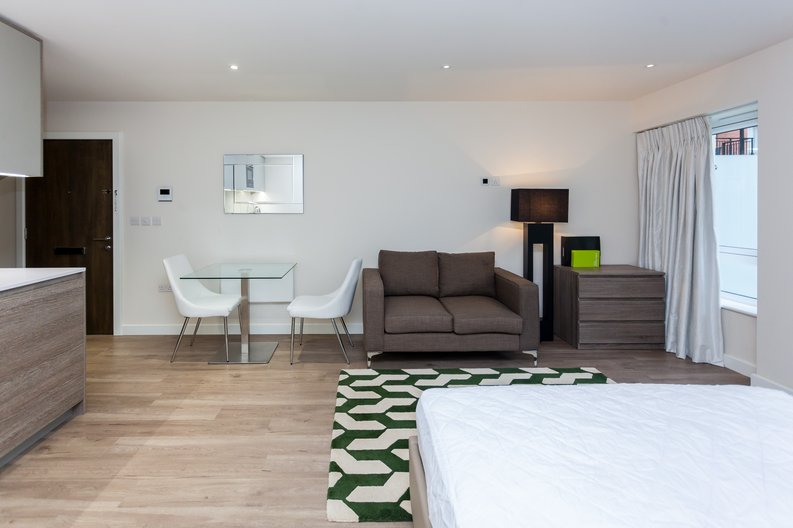Studio apartment to sale in Golding House, 11 Beaufort Square, Colindale-image 4