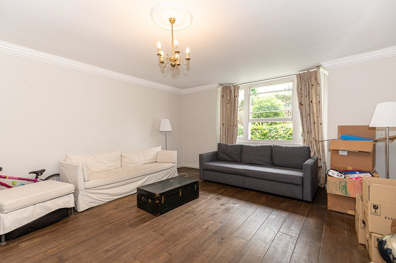2 bedroom(s) apartment to sale in Thurlow Road, Hampstead, London-image 12