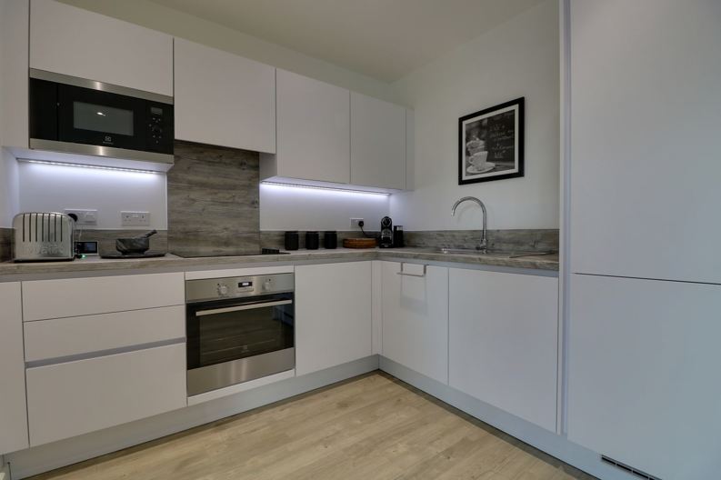 2 bedroom(s) apartment to sale in Marathon House, Olympic Way, Greater London, Wembley-image 13