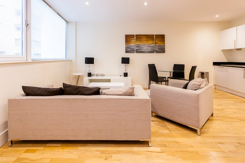 2 bedroom(s) apartment to sale in Denison House, Lanterns Court, Canary Wharf-image 4