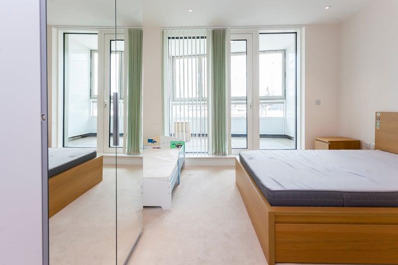 2 bedroom(s) apartment to sale in Cascade Court, Vista Chelsea Bridge, Battersea-image 12