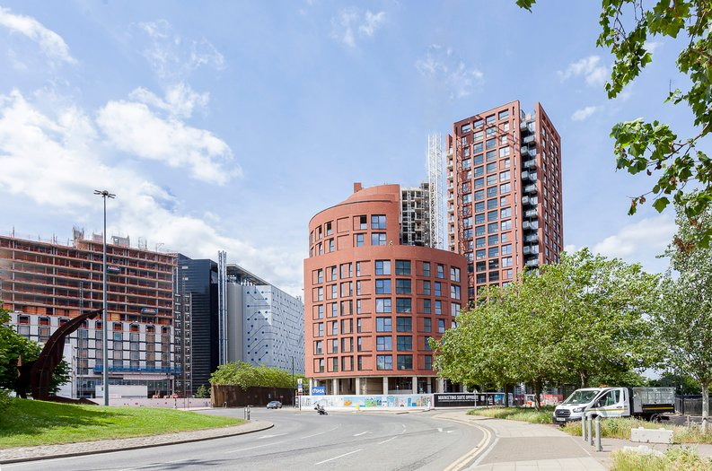 1 bedroom(s) apartment to sale in Orchard Wharf, Silvocea Way, London City Island, London-image 3