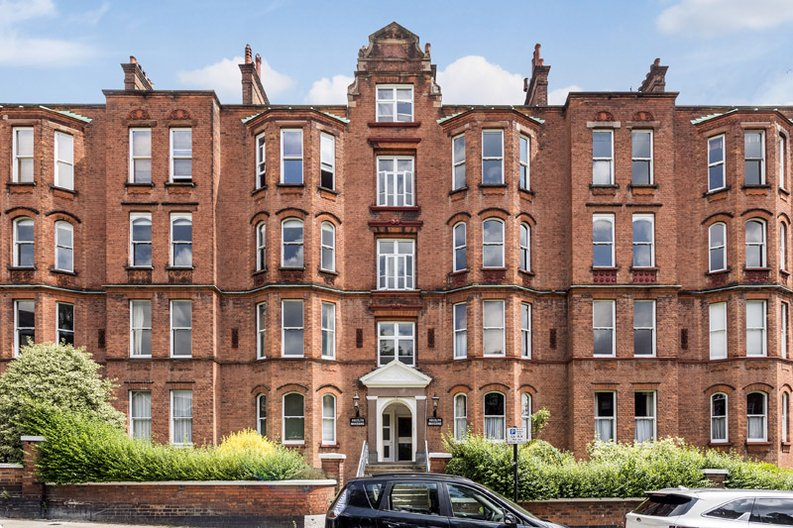 5 bedroom(s) apartment to sale in Rosslyn Mansions, Goldhurst Terrace, South Hampstead, London-image 1