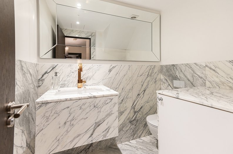 2 bedroom(s) apartment to sale in Park Street, Mayfair, London-image 23