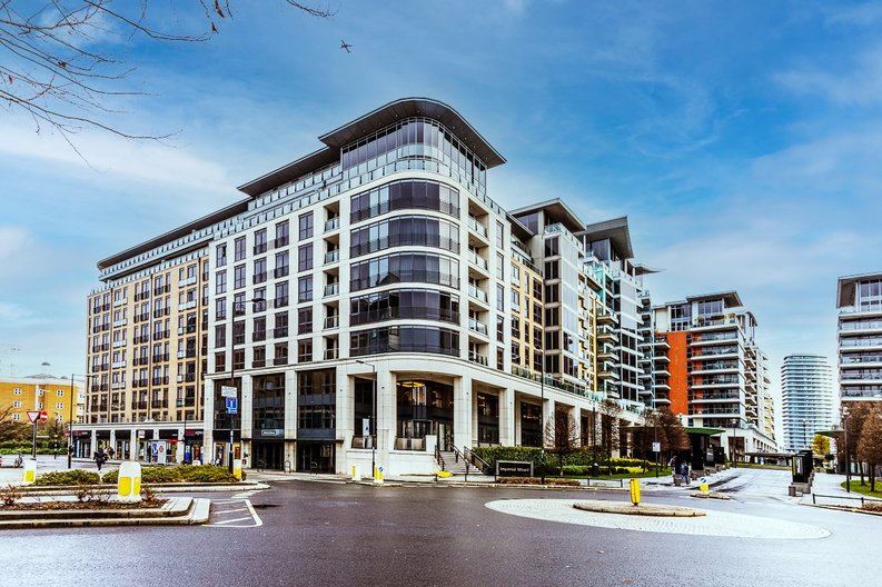 1 bedroom(s) apartment to sale in Townmead Road, Imperial Wharf, London-image 4