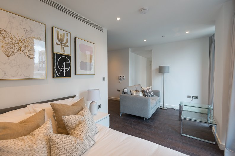 1 bedroom(s) apartment to sale in Sage, 85 Royal Mint Street, Royal Mint Gardens, Tower Hill-image 1