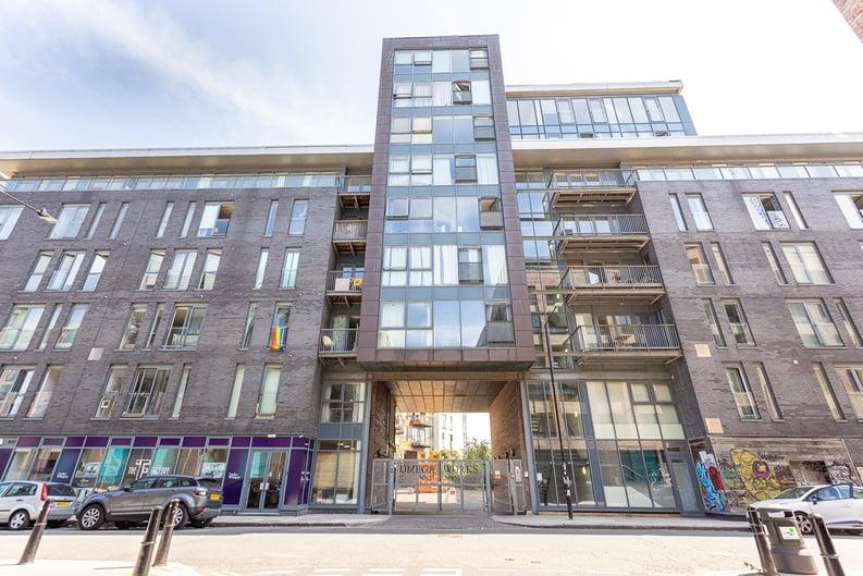 2 bedroom(s) apartment to sale in Roach Road, Hackney Wick, London-image 20
