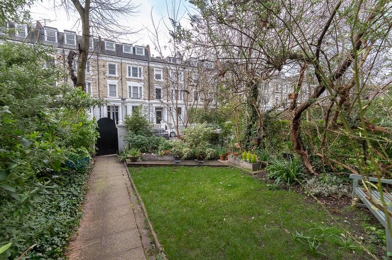 2 bedroom(s) apartment to sale in Elsham Road, West Kensington-image 15