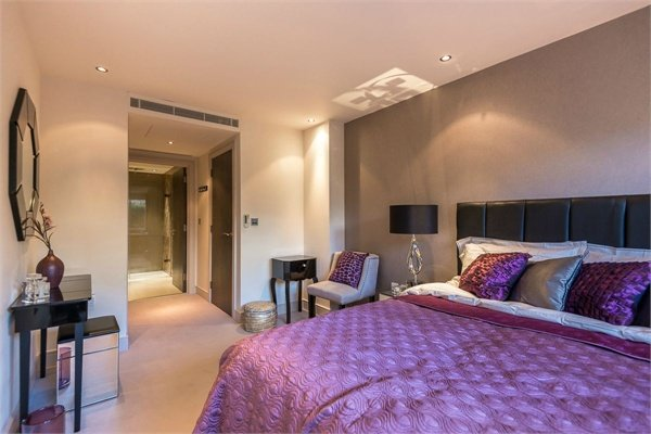 2 bedroom(s) apartment to sale in Doulton House, Chelsea Creek, Park Street, Fulham-image 2