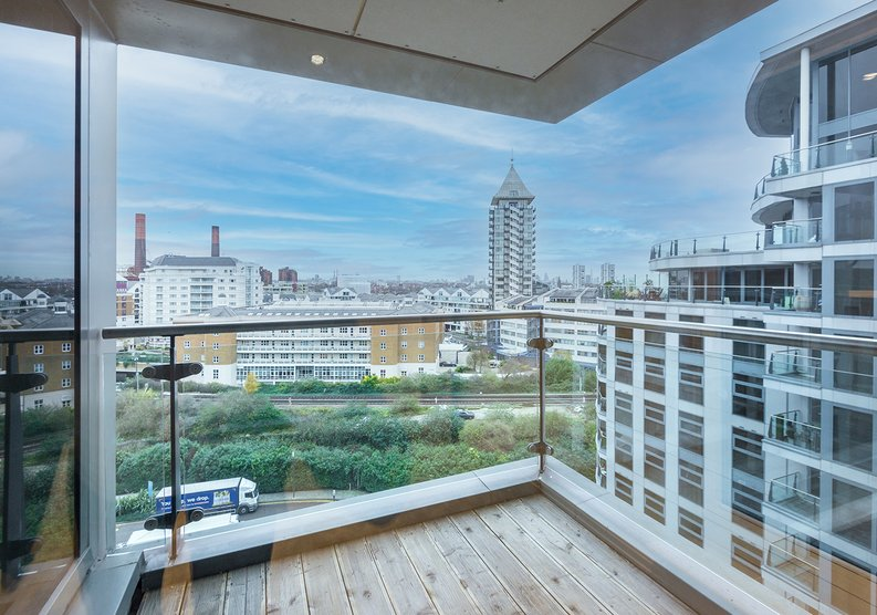 3 bedroom(s) apartment to sale in The Boulevard, Imperial Wharf, London-image 8