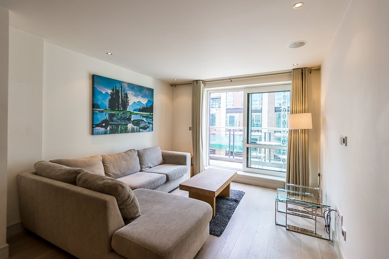 1 bedroom(s) apartment to sale in Compass House, 5 Park Street, Imperial Wharf-image 1