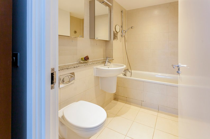 2 bedroom(s) apartment to sale in Building 50, Argyll Road, Royal Arsenal Riverside , London-image 17