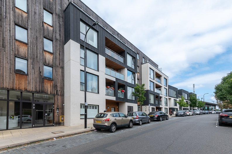 1 bedroom(s) apartment to sale in Iverson Road, West Hampstead, London-image 1