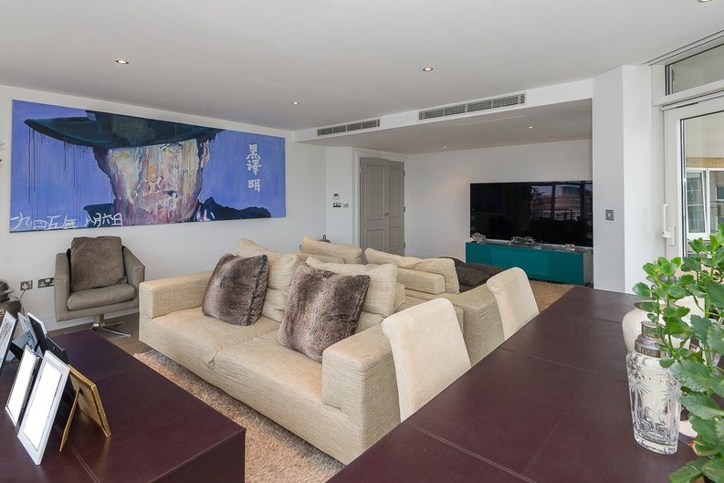 3 bedroom(s) apartment to sale in Riverside Tower , Imperial Wharf , London-image 11