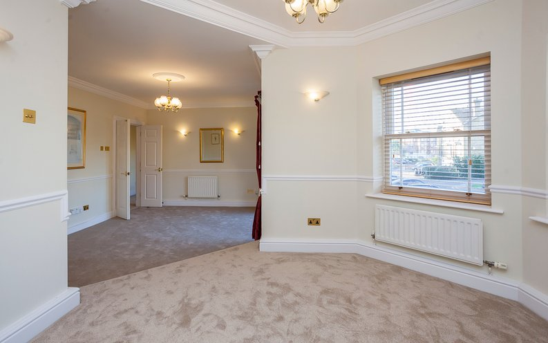 2 bedroom(s) apartment to sale in Trinity Church Road, London-image 3
