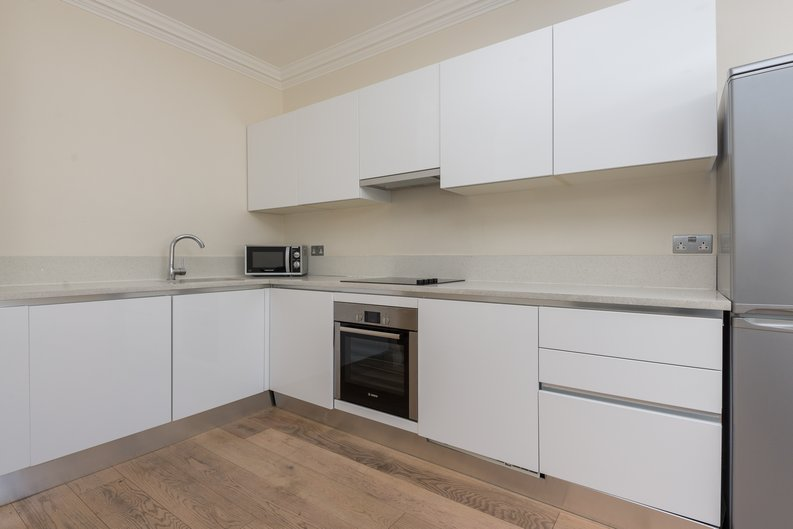 2 bedroom(s) apartment to sale in Chilworth Mews, Paddington-image 3