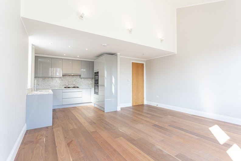 3 bedroom(s) apartment to sale in Greville Road, St. John's Wood Borders, London-image 2
