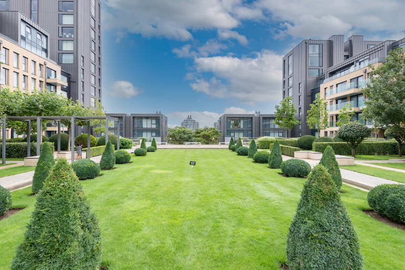 2 bedroom(s) apartment to sale in Westbourne Apartments , Central Avenue, Fulham Riverside, London-image 17
