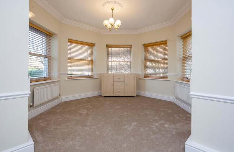 2 bedroom(s) apartment to sale in Trinity Church Road, London-image 12