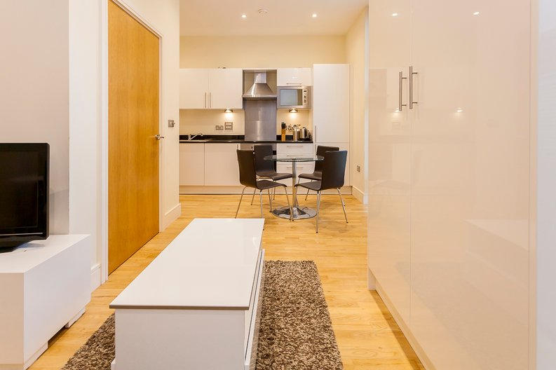 1 bedroom(s) apartment to sale in Denison House, Lanterns Way, Canary Wharf-image 7