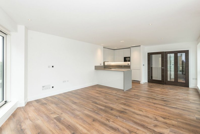 3 bedroom(s) apartment to sale in Quartz House, Dickens Yard, Ealing-image 2