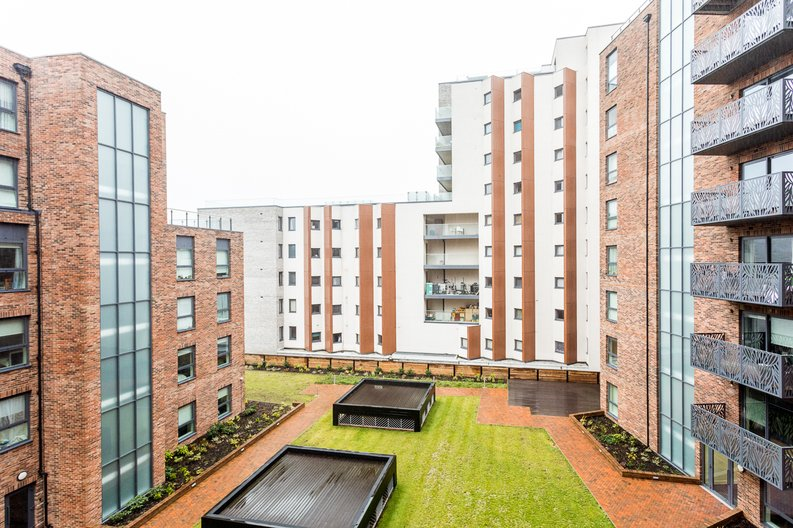 1 bedroom(s) apartment to sale in Cityview Point, Leven Road, Poplar-image 11