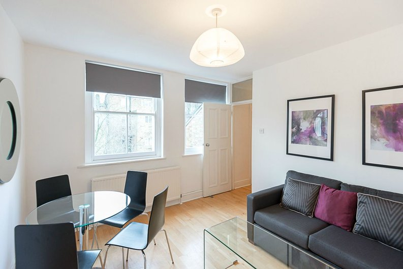 1 bedroom(s) apartment to sale in Oxford Gardens, London-image 3